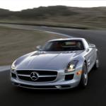 مرسيدس بينز  SLS-AMG الجديدة – أداء يطوع المسارات في حلة أنيقة