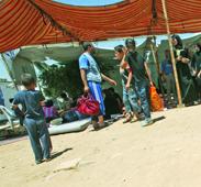 رمضان السوريين في الأردن غربة و «رائحة» حزن ودمار