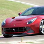 فيديو: مجلة EVO تقوم بإختبار فيراري F12 Berlinetta