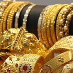 """غلاء الذهب يدفع السعوديات لاستبداله بـ """"المطلي"""""""