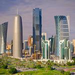 قطر تتوقع فائضا قياسيا بالموازنة