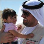 الجسمي يلتقي جرحى سوريين في المستشفى الإماراتي الأردني