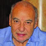 الطاهر بن جلون: الشعوب العربية لا تملك ثقافة الديموقراطية