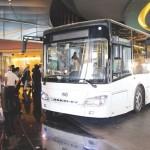 أبوظبي تدخل عصر «الحافلات الكهربائية» ولا زيادة في رسوم النقل