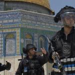 مجموعات يهودية تقتحم الأقصى المبارك