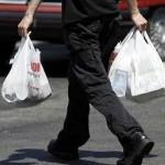 ولاية كاليفورنيا تحظر استخدام الأكياس البلاستيكية