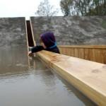 جسر موسى في هولندا.. جسر غارق يعبر بك خلال الماء