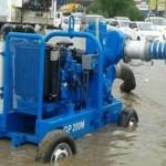 سحب مياه أمطار تكفي 1200 مسبح أولمبي من 426 موقعاً حرجاً في جدة
