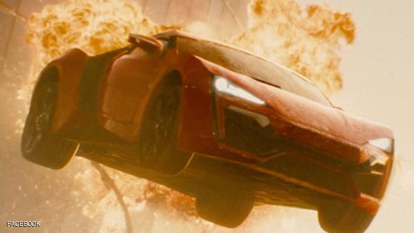 """230 سيارة تحطمت في """"فاست آند فيوريوس 7"""""""