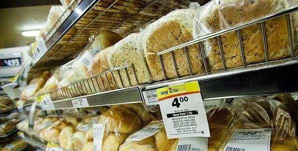 استراليا: تغريم متجر 2 مليون دولار لبيعه خبز غير طازج