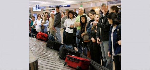 شركات الطيران تصدر قانونا يحدد حجم حقيبة المسافر