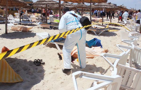 هجوم إرهابي يحصد 71 قتيلاً وجريحاً بمنتجع في تونس