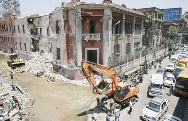 «داعش» يتبنى تفجير القنصلية الإيطالية.. روما ترد : لا يخيفنا