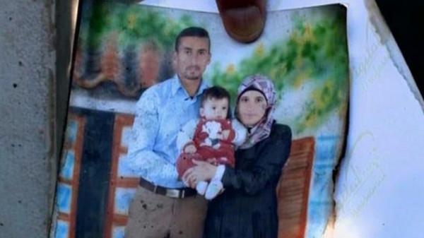 وفاة والد الرضيع الفلسطيني الذي قتل حرقا في الضفة الغربية