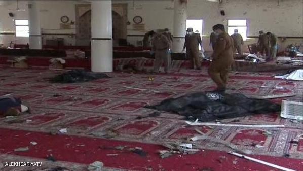 داعش يتبنى تفجير مسجد قوات الطوارئ في أبها