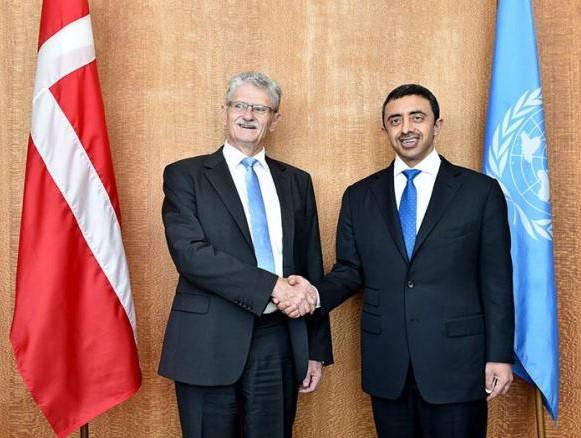 بالصور: عبدالله بن زايد يلتقي عددا من وزراء الخارجية  على هامش الدورة الـ 70 للجمعية العامة للأمم المتحدة.