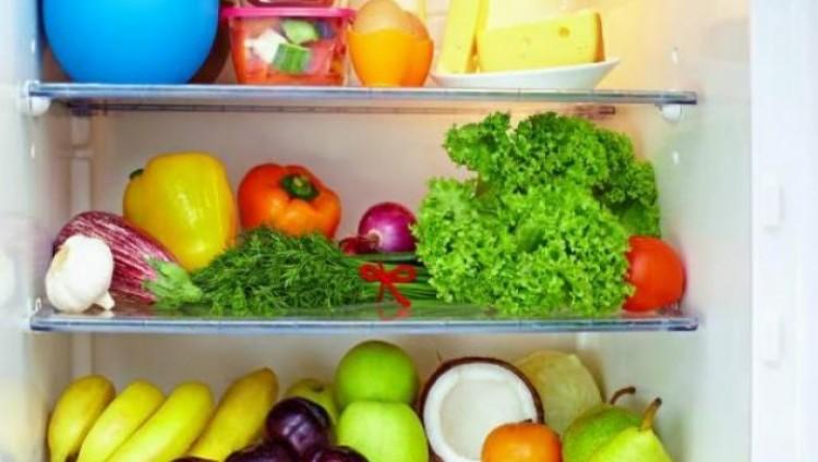 قائمة بأطعمة يجب الابتعاد عن وضعها في الثلاجة