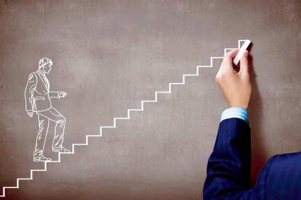 5 طرق تساعدك على تعزيز قدراتك للارتقاء بذاتك