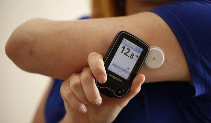 جهاز ذاتي لمراقبة سكري الأطفال في الأسواق المحلية