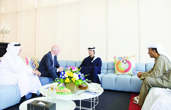هزاع بن زايد: القيادة الإماراتية حريصة على تعزيز الروح الرياضية في العالم