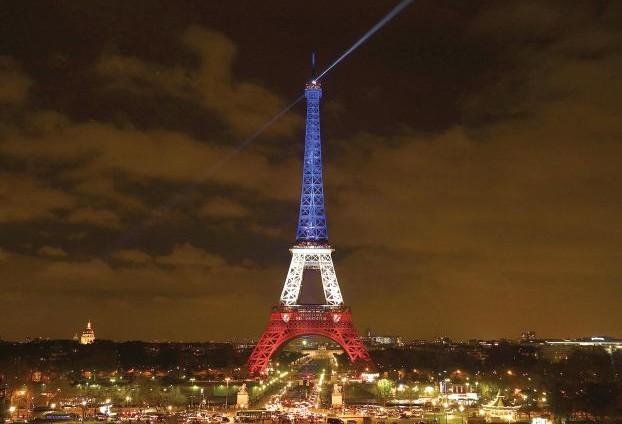 الفرنسيون يتحدون «الإرهاب» .. ويرفضون إلغاء «أمم أوروبا»