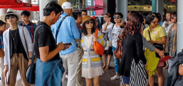«سياحة دبي»: 6.4% تراجعاً في أسعار الغرف الفندقية خلال 2015