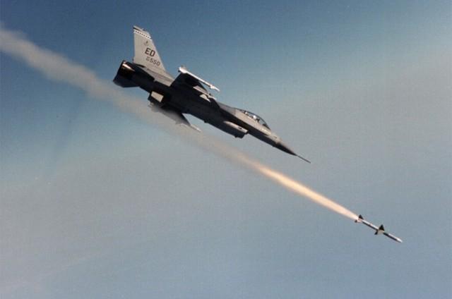 أميركا تستهدف مواقع أسلحة كيماوية لـ«داعش» في العراق
