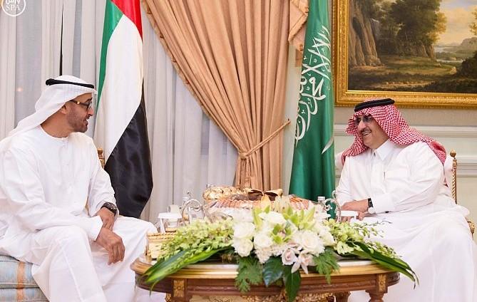 ولي العهد وولي عهد أبوظبي يستعرضان مستجدات الأوضاع الخليجية والعربية والدولية