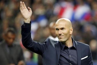 بعد الهاترك.. زيدان: «كريستيانو» أفضل لاعب في العالم