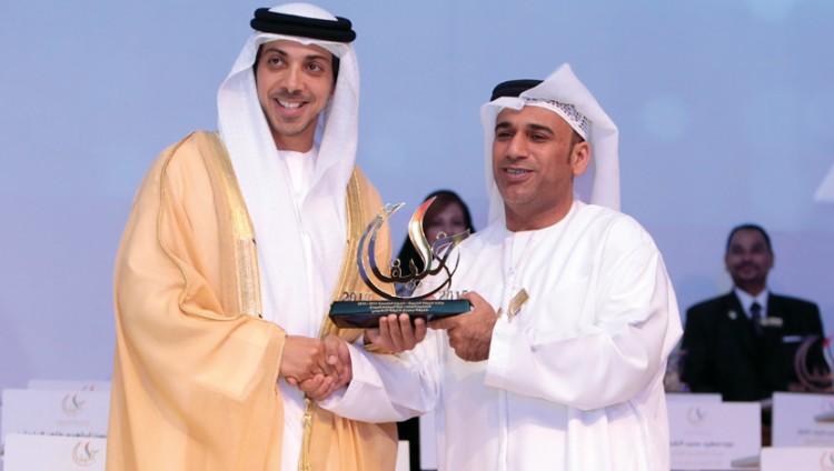 شقيقان مواطنان يحصلان على 15 جائزة في التميز التربوي