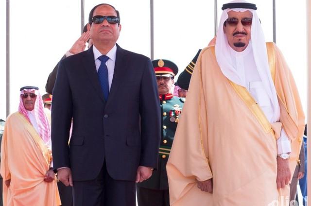 الملك سلمان يصل القاهرة في أول زيارة رسمية لمصر