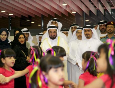 سلطان: العالم العربي يئن.. ومعظم اللاجئين مسلمون