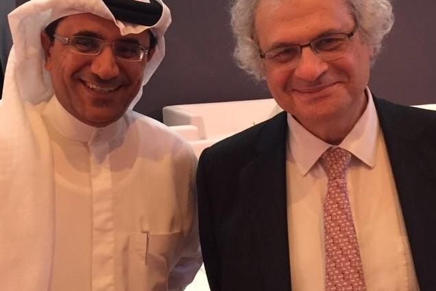 """الأديب والمفكر اللبناني أمين معلوف ضيف برنامج """"حديث العرب"""" على شاشة سكاي نيوز عربية"""