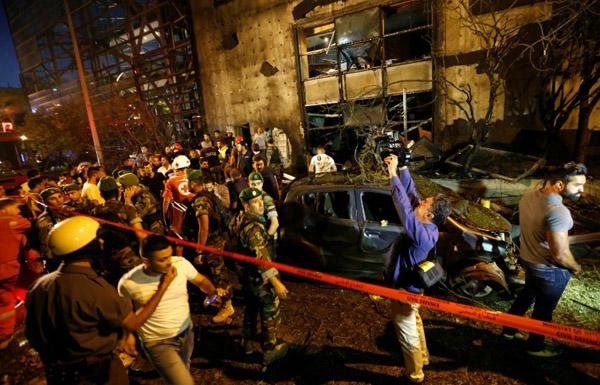 اتهام «حزب الله» بتفجير مصرف في بيروت