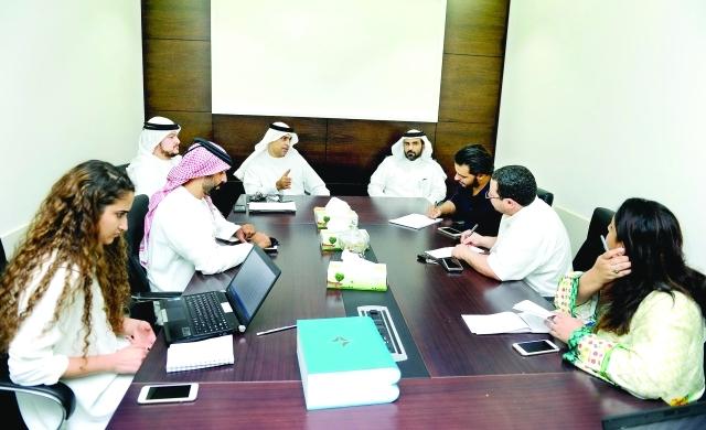 مهلة حتى نهاية العام لتأمين الأفراد صحياً في دبي