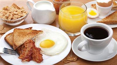 دراسة: تناول «وجبتي إفطار» صباحا يساعد على فقدان الوزن!