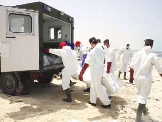 غرق مركب يقل 700 مهاجر قبالة كريت اليونانية