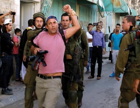 بناء استيطاني جديد في القدس ودهس فلسطيني بجيب عسكري