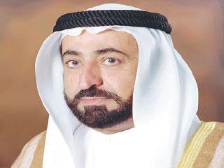 حاكم الشارقة: ترقية الموظفين إلى الدرجة الثامنة ورفع سقف الراتب إلى 12 ألف درهم