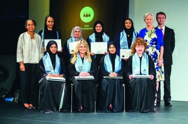 تحديات تواجه العائلات الإماراتية في تربية أبنائها