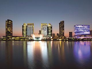 الإمارات ضمن أكبر 30 اقتصاداً عالمياً