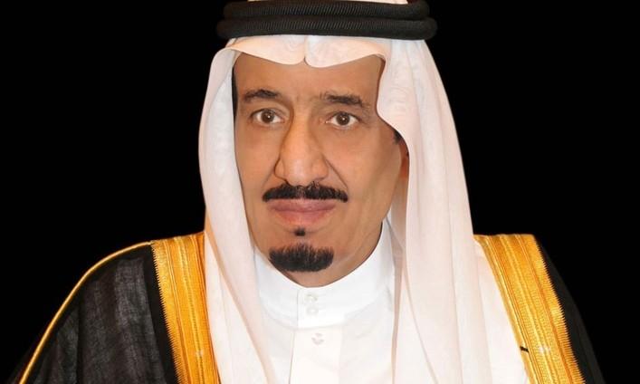 خادم الحرمين يؤكد على متانة العلاقات السعودية البريطانية