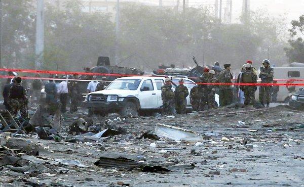 عشرات القتلى والجرحى في تفجير ببغداد تبناه «داعش»
