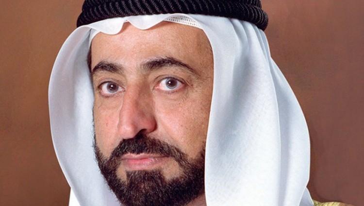 حاكم الشارقة يهنئ السلطان قابوس بذكرى النهضة المباركة