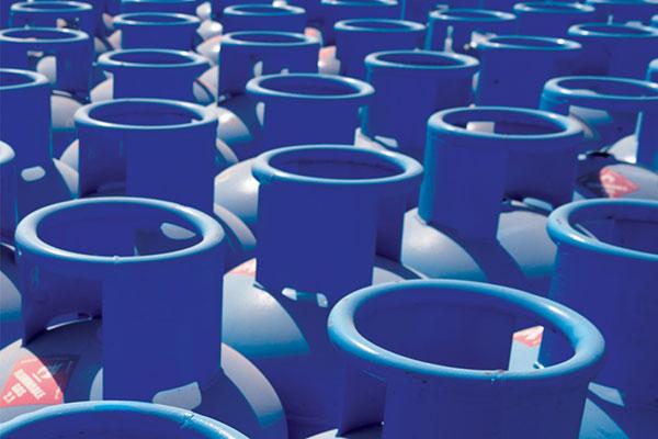 «أدنوك للتوزيع» تخفض أسعار أسطوانات الغاز المسال غير المدعومة لشهر يوليو