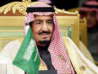 الملك سلمان يعزي الرئيس الفرنسي في ضحايا اعتداء نيس