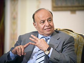 الرئيس هادي يدعو لمواجهة الميلشيا الانقلابية بحزم