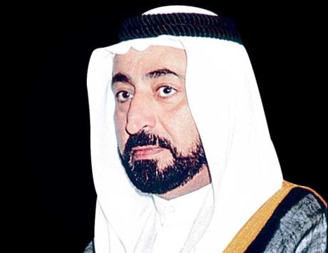 سلطان يعتمد 335 منحة دراسية في جامعة الشارقة