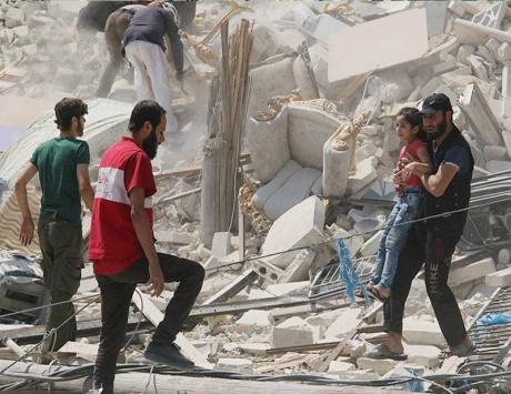 تركيا تصعد ضد الأكراد.. والنظام يحرق «الوعر»
