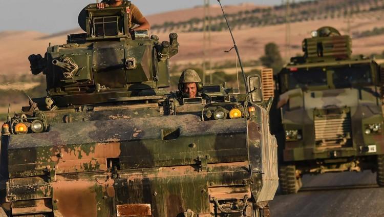 دبابات تركية تدخل إلى سوريا وتفتح جبهة جديدة